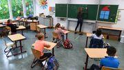 Bundesländer kündigen Schulöffnungen an – Kritik vom Lehrerverband