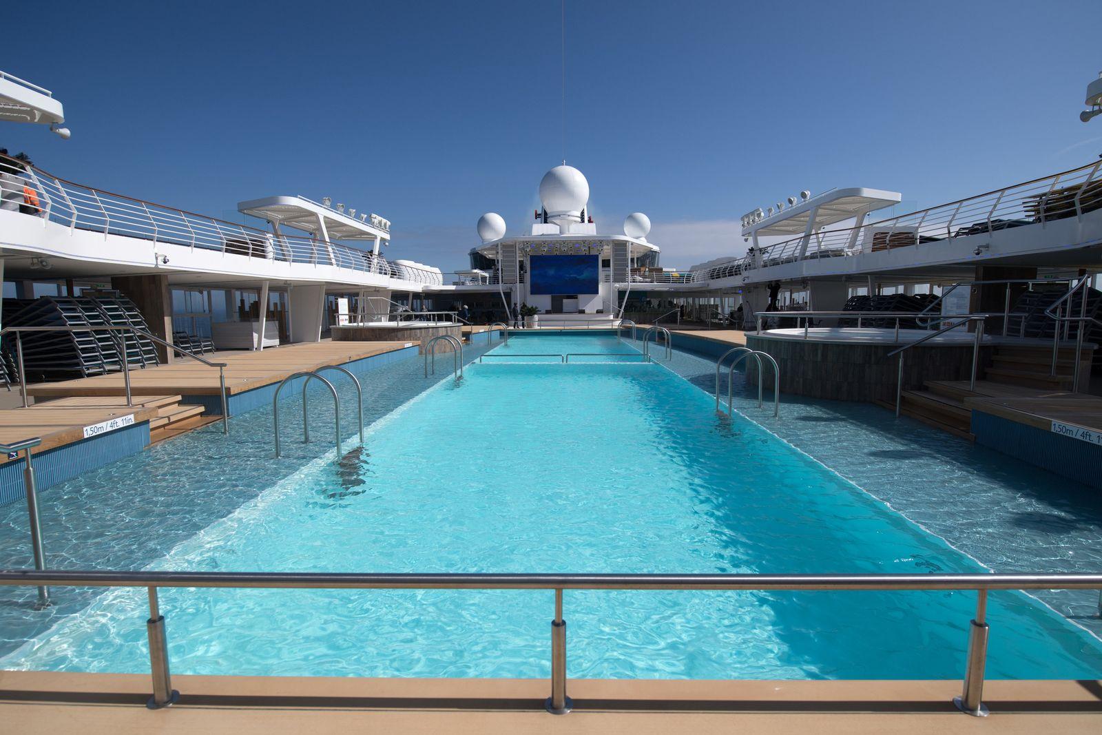 """Neue """"Mein Schiff 1"""" / TUI Cruises"""