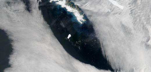 Südatlantik: Satellitenbild zeigt Eisberg-Giganten A-68A auf freier Fahrt