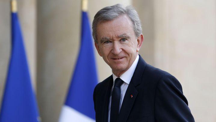 Reiche: Französischer Luxusunternehmer steigt zum zweitreichsten Mensch der Welt auf