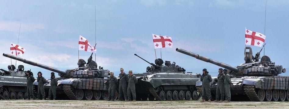 Georgische Soldaten beim Manöver mit Nato-Partnern: »Demokratien haben das stärkste Bündnis geschmiedet, das es je gegeben hat«