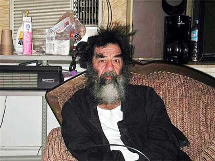"""Saddam Hussein nach der Festnahme: """"Destabilisierender Effekt auf die Region"""""""