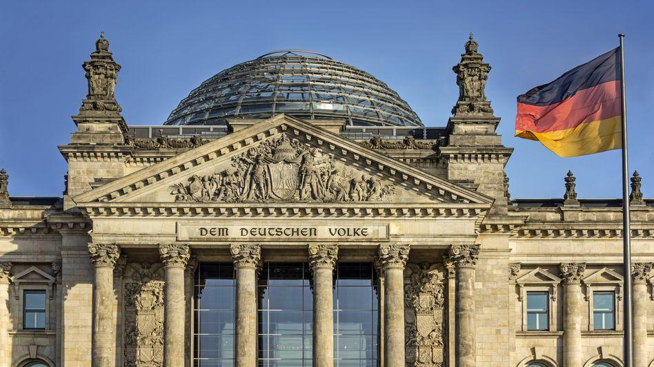 Reichstagsgebäude in Berlin (Archivbild)