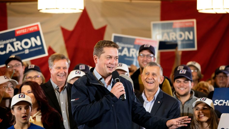 """Der konservative Herausforderer Andrew Scheer hält Trudeau für einen """"Klimaheuchler"""""""