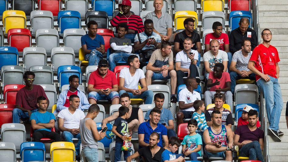 Flüchtlinge im Düsseldorfer Stadion (am 22. August): Alle sind willkommen