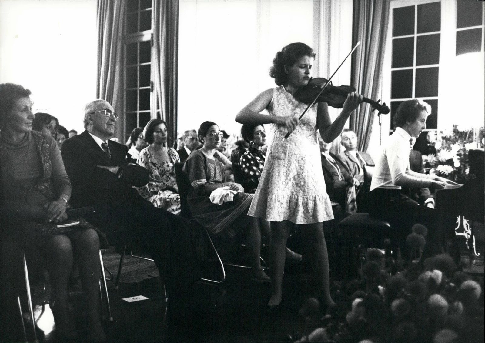 Sep 09 1976 Infant Prodigy Anne Sophie Mutter She is one of the great infant prodigys Anne Sop