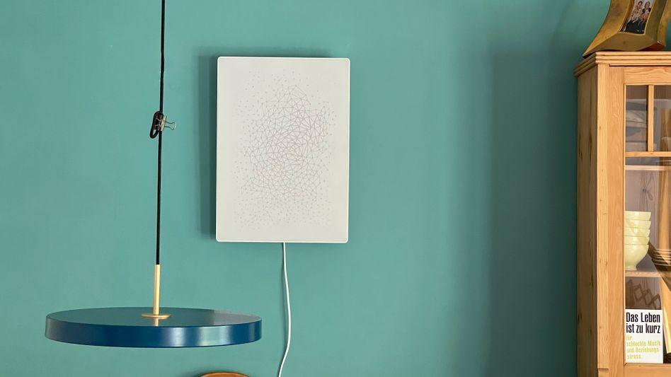 Ikea Symfonisk Rahmen: Dass aus dem Bilderrahmen ein Kabel hängt, ist Ihnen gar nicht aufgefallen, oder?