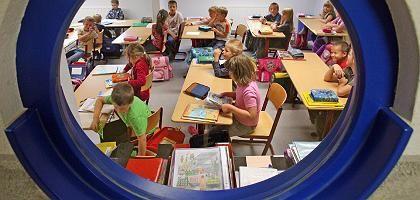 Blick ins Klassenzimmer: der Schulalltag ist für viele Lehrer ein Schock
