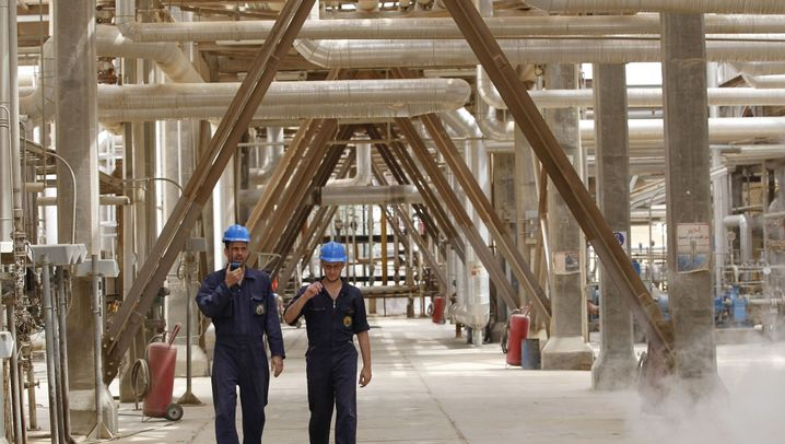 Photo Gallery: Oil the Key to Iraq's Future