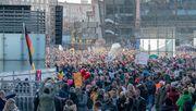 """""""Genug Platz"""" – Gericht begründet Beschluss für """"Querdenker""""-Demo"""