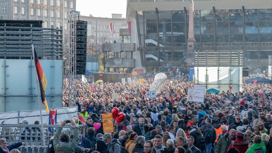 """""""Querdenker""""-Demonstration in Leipzig am 7. November"""