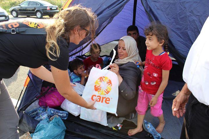 Flüchtlingshilfe in Serbien: Care hat bis kurz vor Weihnachten 7,5 Millionen Euro Spenden eingenommen