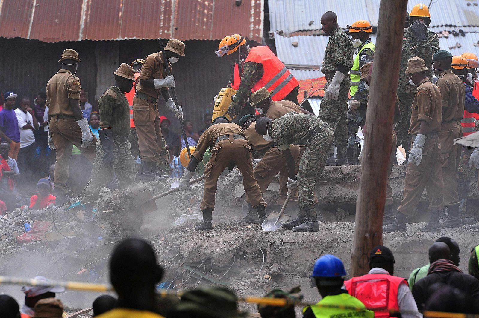 KENYA-BUILDING-ACCIDENT-FLOODS