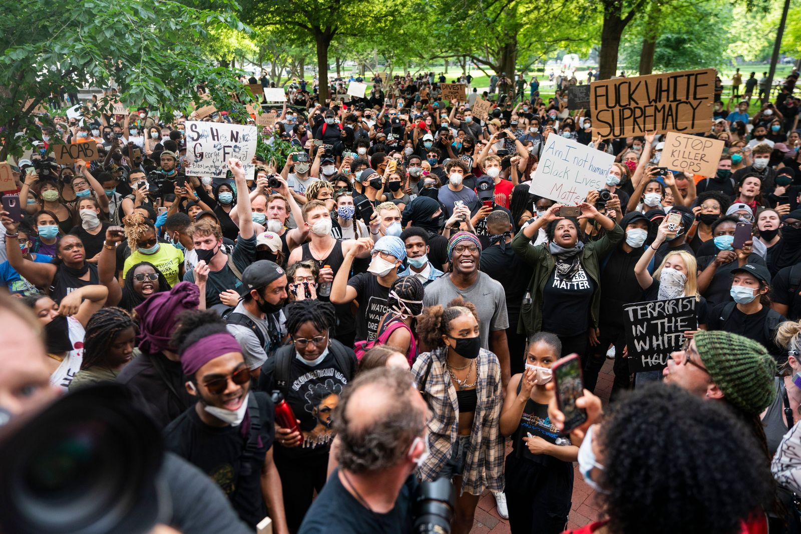 Police abuse protest in wake of George Floyd death, in Washington, USA - 29 May 2020