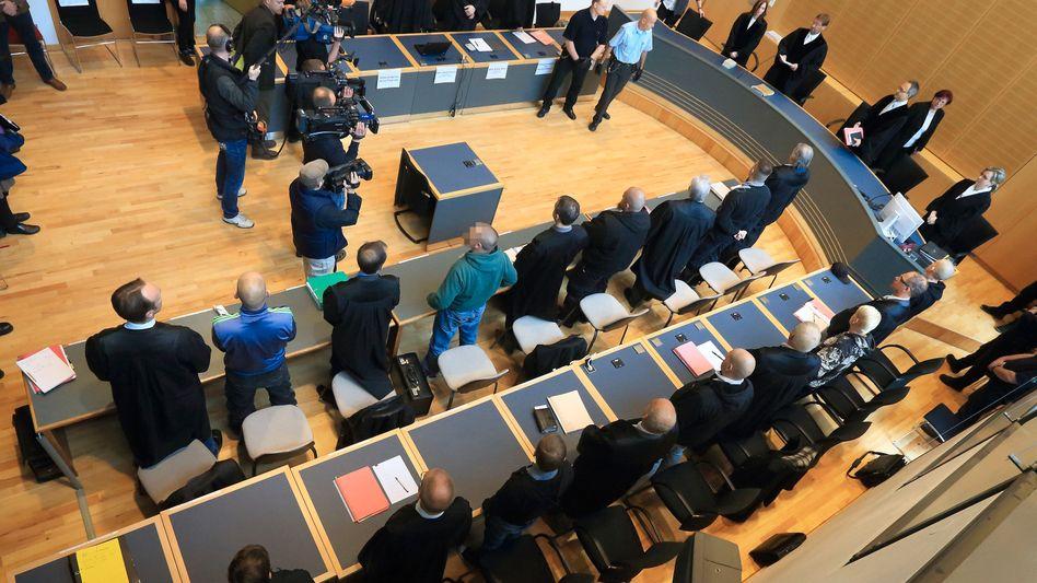Landgericht in Magdeburg: Vier Angeklagte schuldig gesprochen