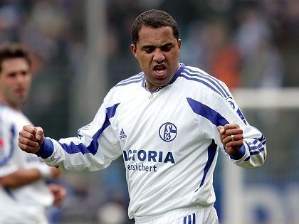 Schalker Goalgetter Ailton: Vielleicht nur auf der Ersatzbank?