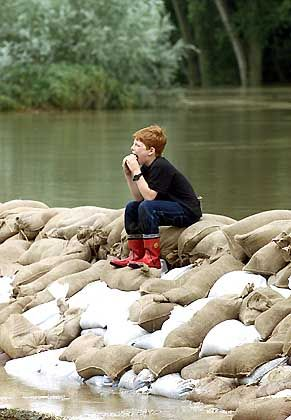 Pause in Regensburg: Der Damm hat gehalten