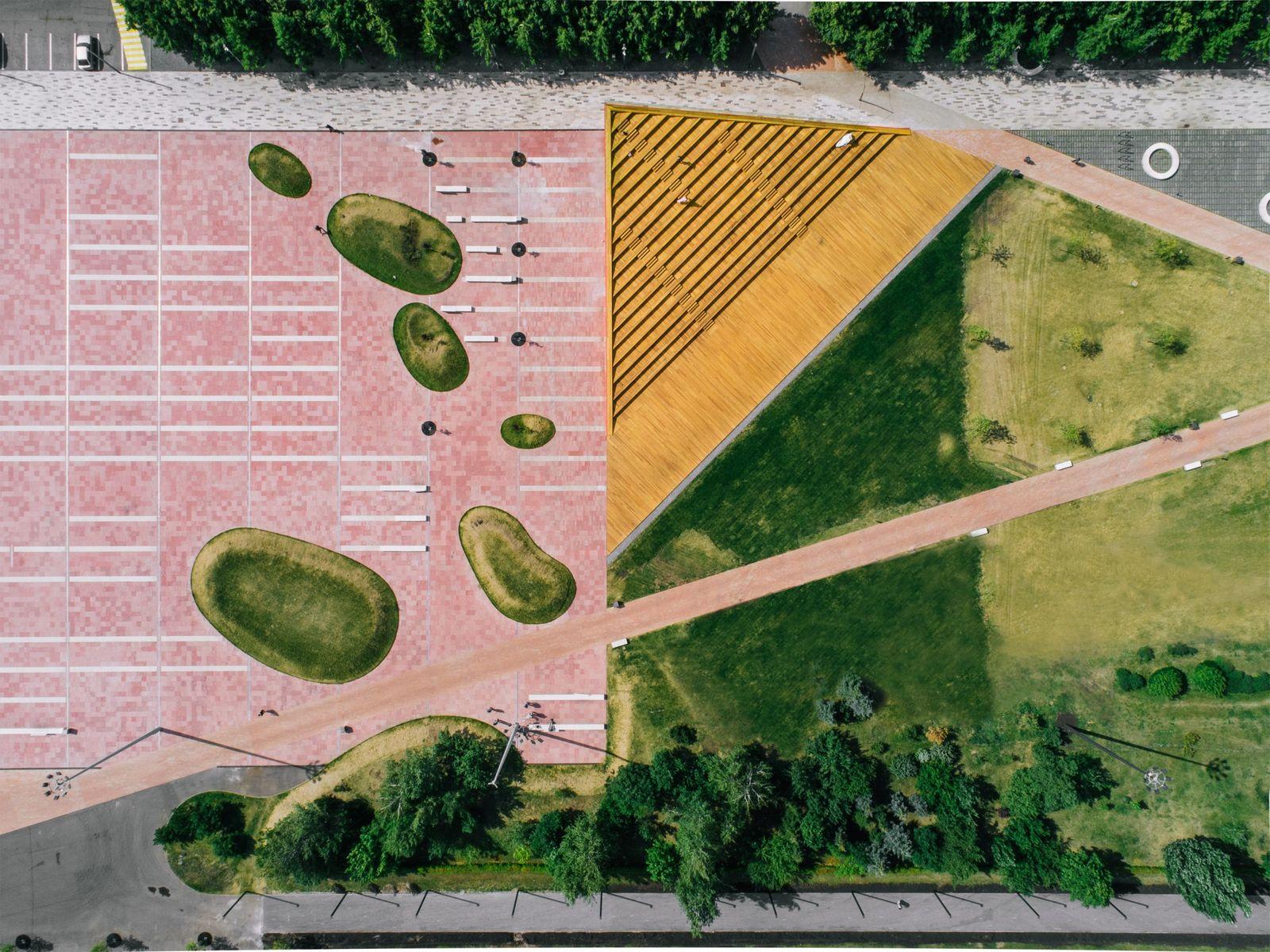 Azatlyk Square by DROM