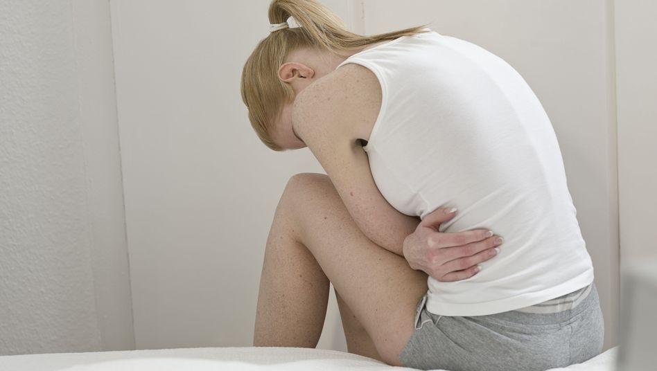 Bauchschmerzen: Nicht in jedem Alter ist die Therapie gleich