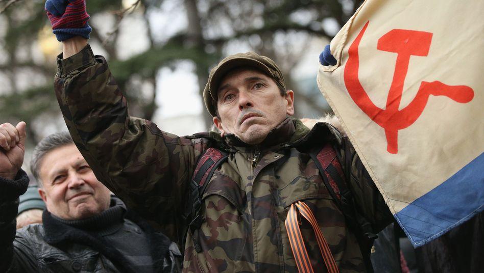 """Russland-Unterstützer auf der Krim: """"Putin demonstriert militärische Stärke"""""""