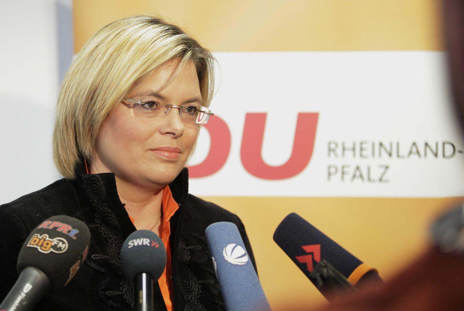 NICHT VERWENDEN Julia Klöckner