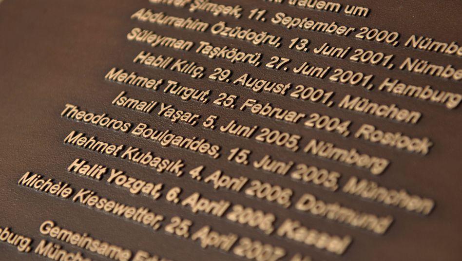Die Namen der NSU-Opfer auf einer Gedenktafel in Kassel