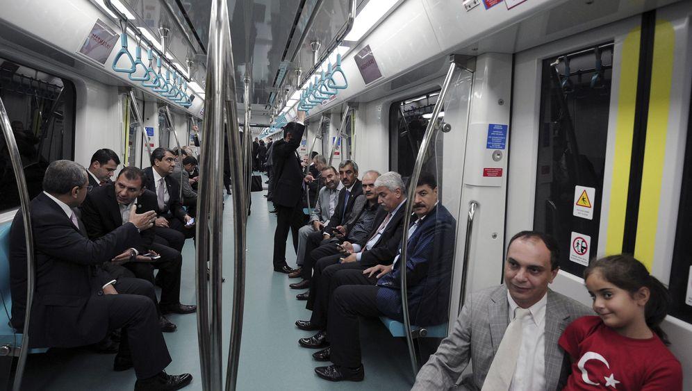 Istanbul: Die Bosporus-Bahn