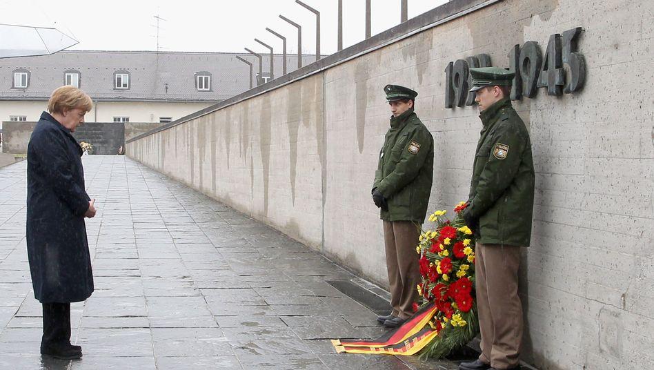 Befreiung des KZ Dachau: Merkel ruft zu Offenheit und Zivilcourage auf