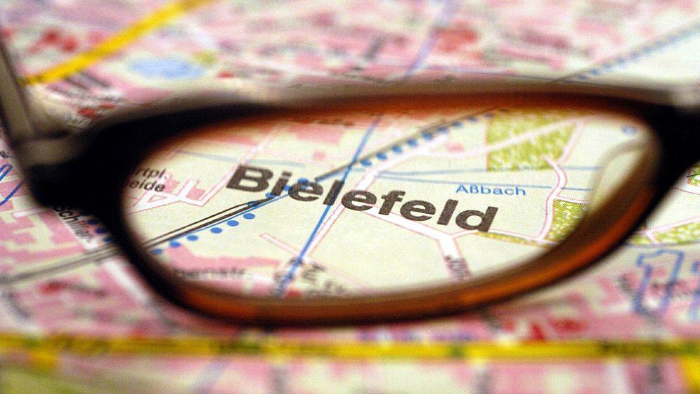 """""""Bielefake"""": Der Film zur Phantomstadt"""