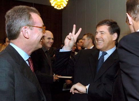 Der Poser von der ersten Bank: Josef Ackermann, Siegertyp auch vor Gericht