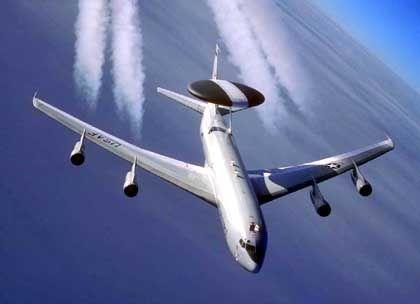 Streitfall Awacs-Flugzeug: Nur für Aufklärung zu gebrauchen?