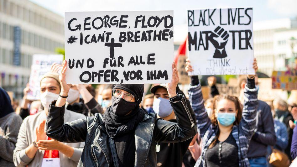 Demonstrierende in Hannover