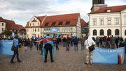Warum sich Ostdeutsche so oft für rechte Parteien entscheiden
