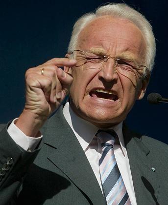 Edmund Stoiber: Vorwürfe des bayerischen Ministerpräsidenten sorgen für Wirbel