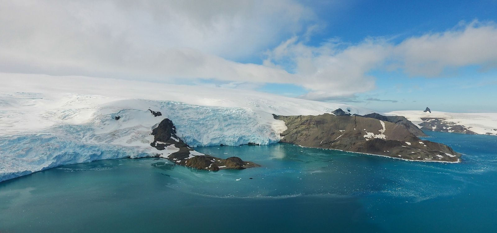 Spending Time in Antarctica Before and After the Inauguration of the New Brazilian Research Base