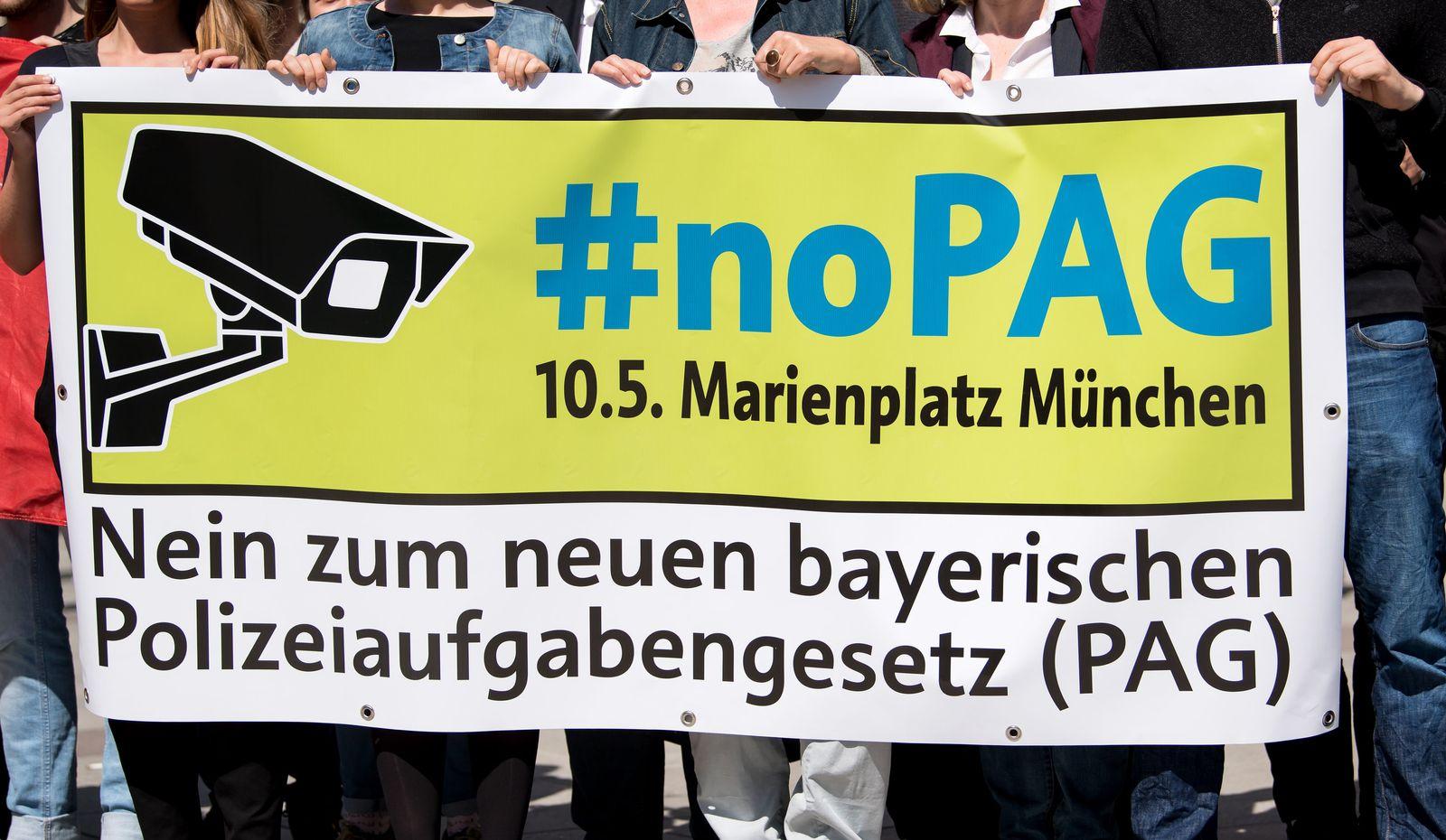 Demonstration gegen das Polizeiaufgabengesetz