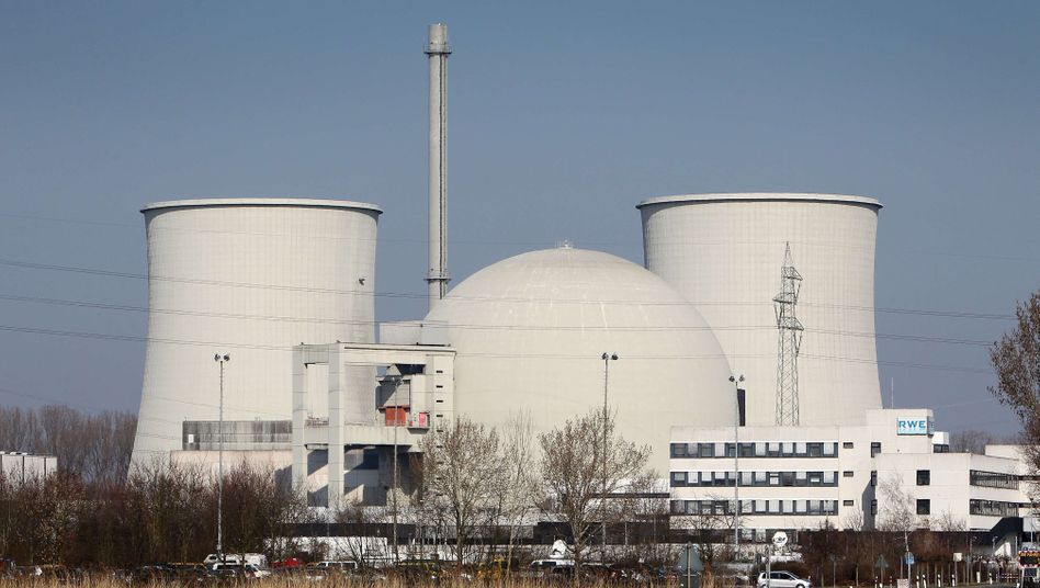 The Biblis power station in south-western Germany, one of the seven oldest nuclear plants that have been shut down pending a safety review of German nuclear power.
