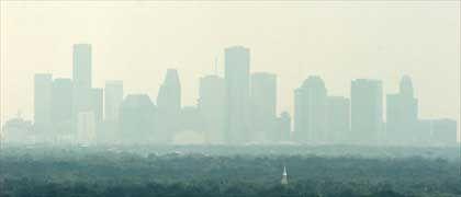 Dicke Luft in Houston: US-Präsident Bush stellt neue Klimastrategie vor