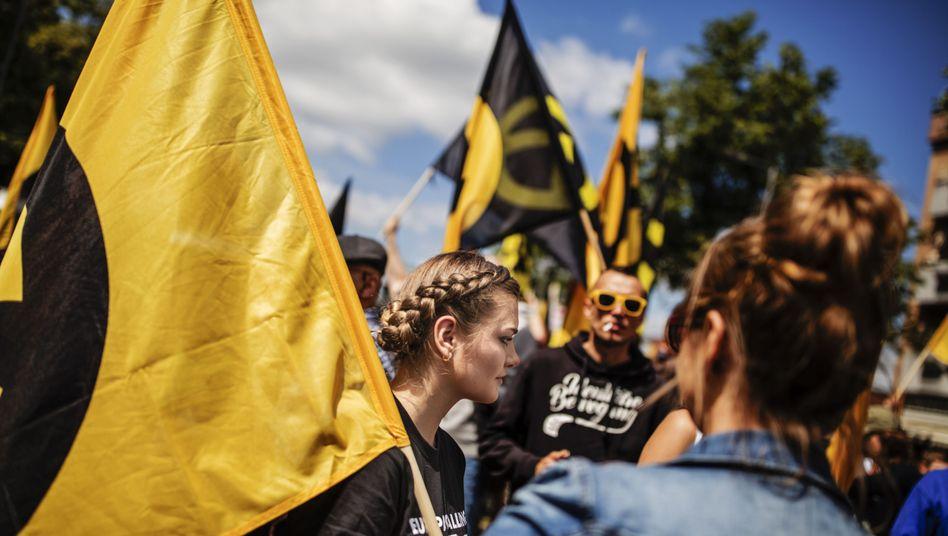 Aufmarsch der Identitären Bewegung in Berlin 2017: Enge Zusammenarbeit trotz offiziellen Kooperationsverbots