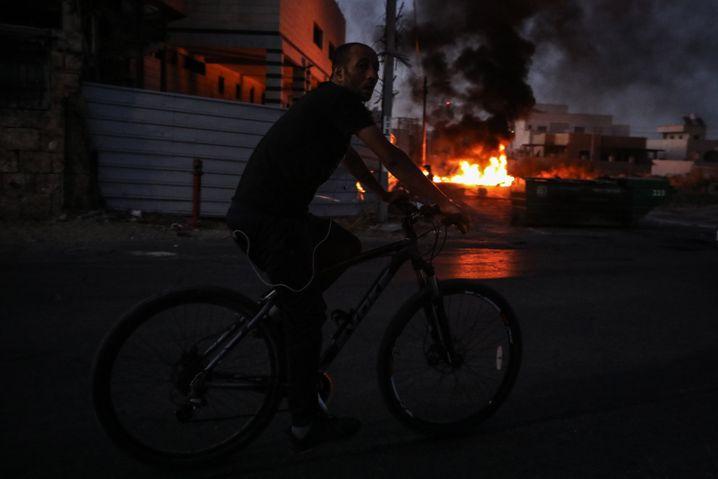 In der Stadt Lod kam es am Donnerstag zu gewaltsamen Unruhen