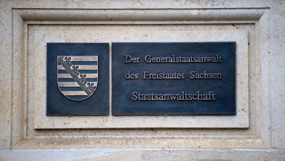 Die Staatsanwaltschaft Dresden klagt sieben mutmaßliche Reichsbürger an
