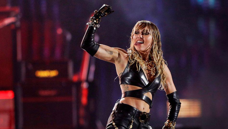 """Miley Cyrus bei einem Auftritt in Las Vegas: """"Das ist der Punkt, an dem ich gerade stehe"""""""