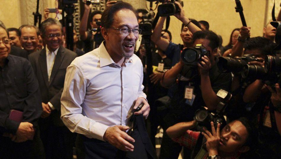 """Anwar vor der Urteilsverkündung in Kuala Lumpur: """"Ich bin unschuldig"""""""