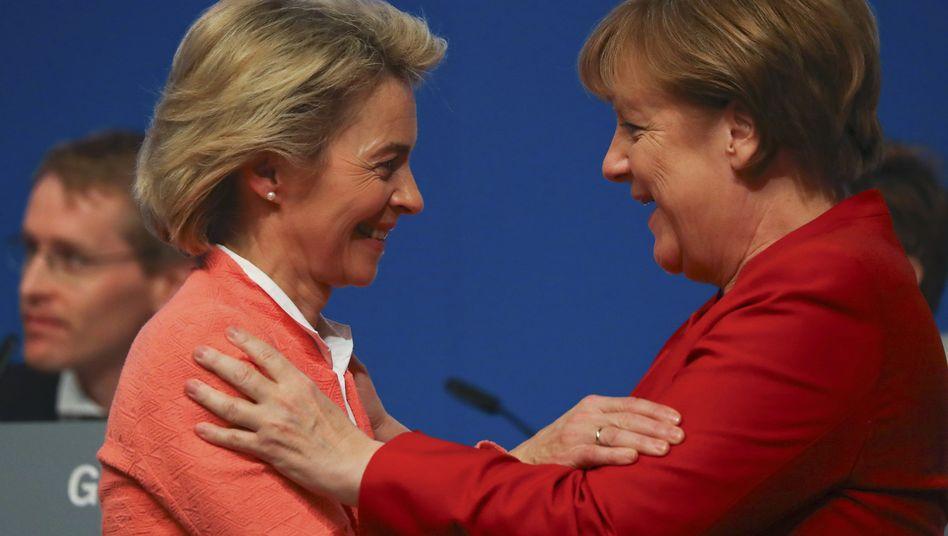 Ursula von der Leyen und Angela Merkel in Essen