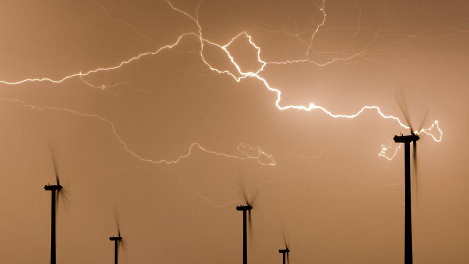 Windräder in Brandenburg: Energiewende stellt Ökostromanbieter vor Herausforderungen