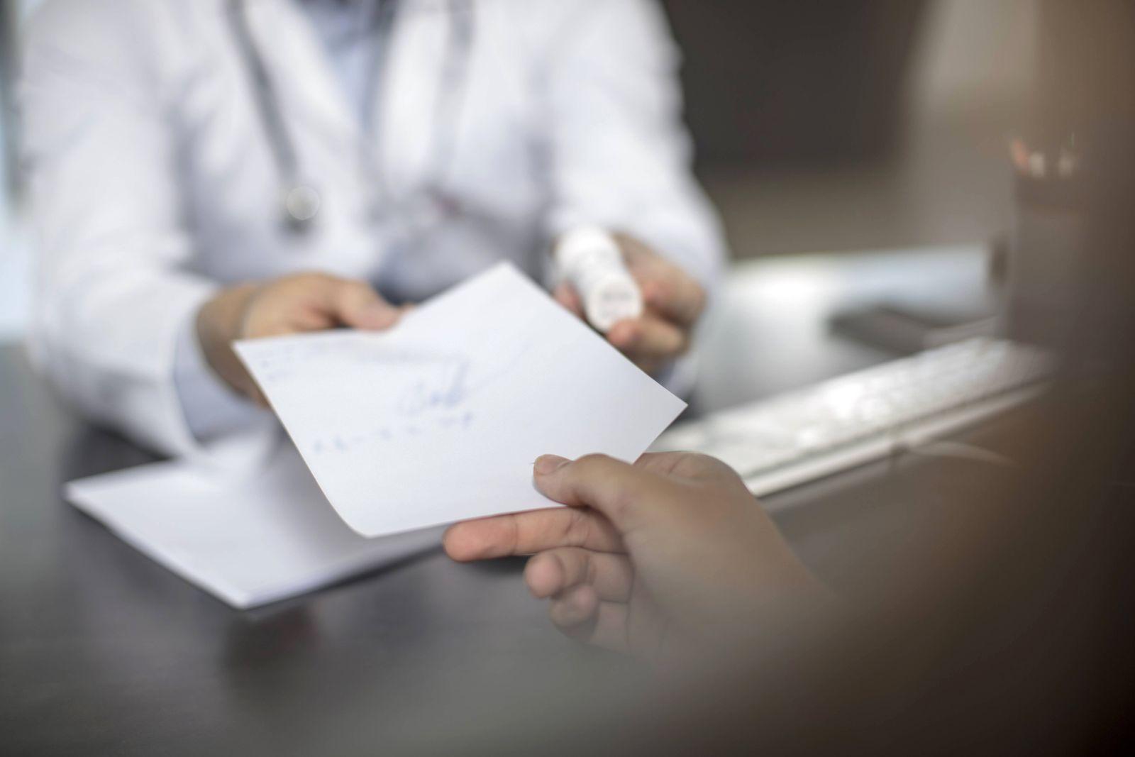 EINMALIGE VERWENDUNG Arzt Rezept