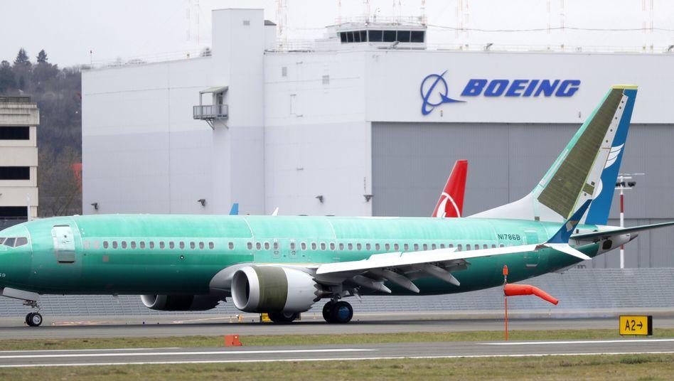 Auf dem Boden: Eine Boeing 737 Max 8 von Oman Air (Archiv)