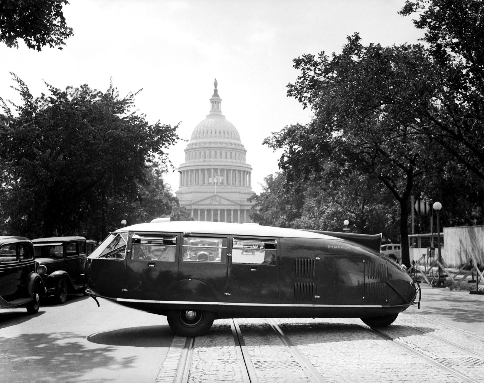 NICHT MEHR VERWENDEN! - Dymaxion automobile / Norman Foster