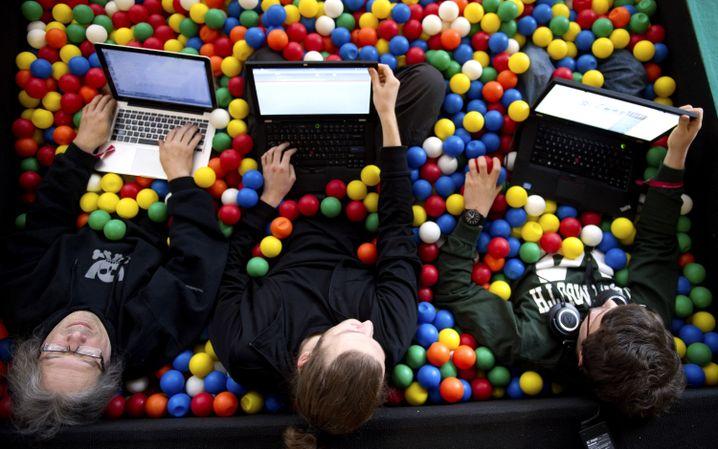 Bällebad auf dem Hackerkongress: Schweben auf Luft