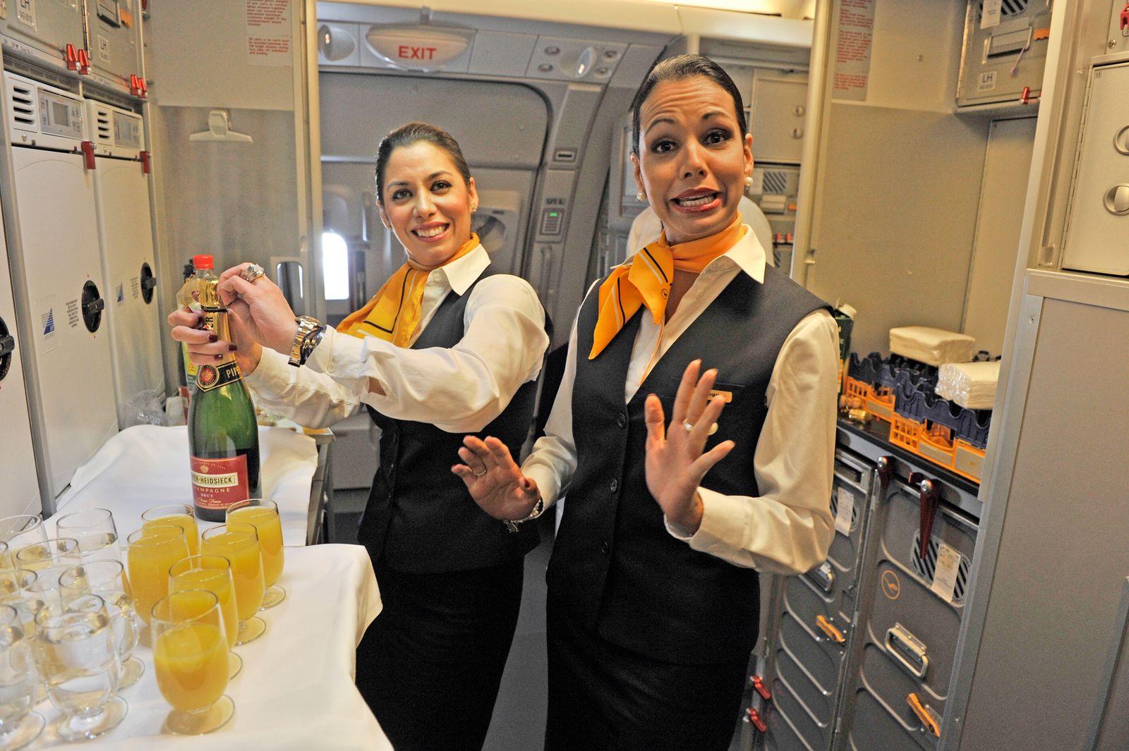 Sparprogramme Fluggesellschaften/ Lufthansa/ First Class